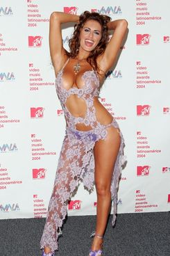 Silvina at the MTV Video Music Awards Latin American in 2004.