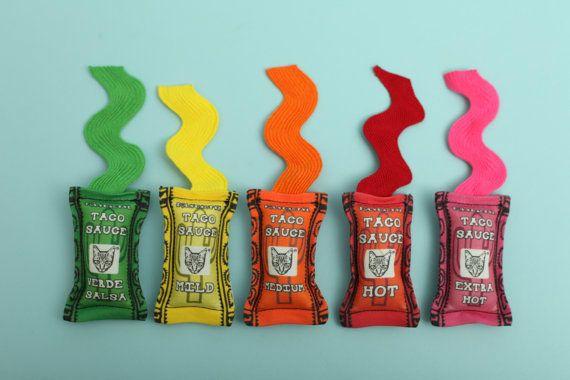 Polydactyl Cats Taco Sauce Cat Toy Set