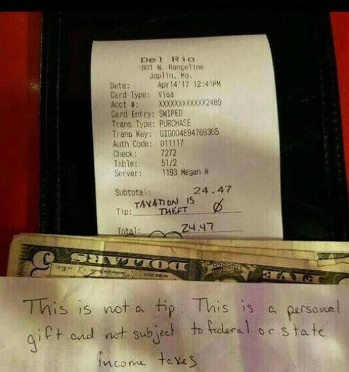 tax protester leaves server  u2018personal gift u2019 instead of a tip