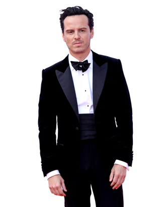 Fleabag's Andrew Scott Doesn't Mind Being a 'Hot Priest'