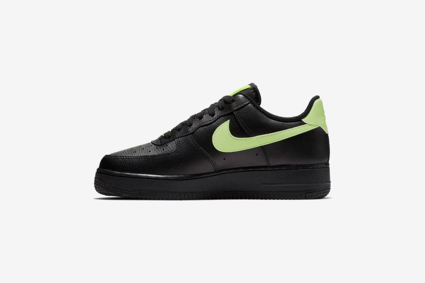 Women's Nike Air Force 1 '07 Sneaker