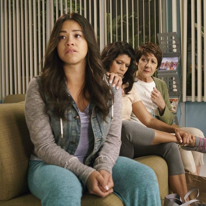 Jane the Virgin Recap: Is Michael Dead?!