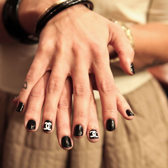 Some Crazy Nail Art By Sophie Harris Of The Illustrated Nail