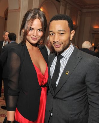 Chrissy Teigen & John Legend.
