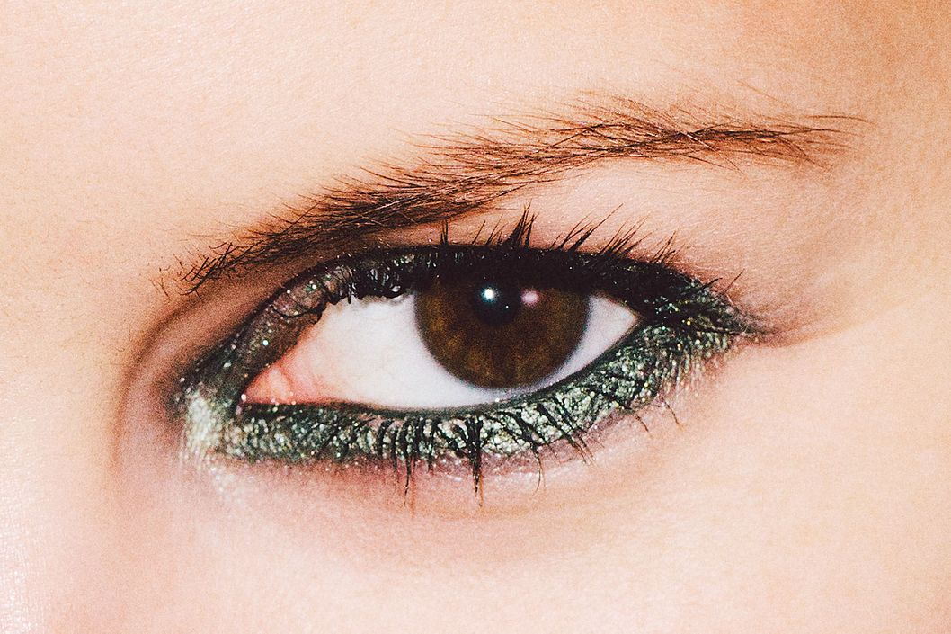 Green Eyeliner Will Totally Change Your Look The Cut