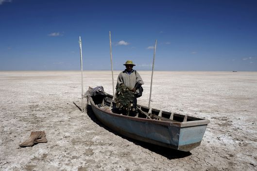 Bolivia's Second-Largest Lake Is Now a Wasteland -- NYMag