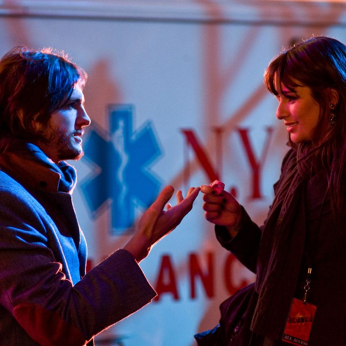 "(L-r) ASHTON KUTCHER as Randy and LEA MICHELE as Elise in New Line Cinema's romantic comedy ""NEW YEAR'S EVE,"" a Warner Bros. Pictures release.Photo by Andrew Schwartz"