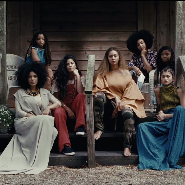 The ladies of Lemonade in formation.