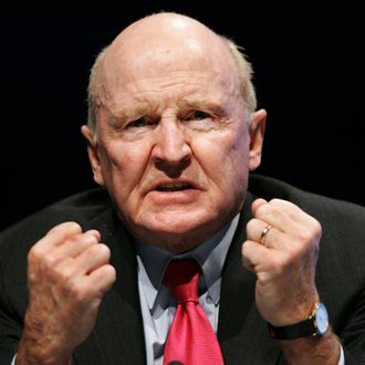 Former General Electric chairman Jack Welch gestures as he speaks on 04 November 2005 during the