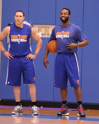 GREENBURGH, NY - DECEMBER 19: Mike Bibby #20 and Baron Davis #85 of the New York Knicks during practice on December 19, 2011 at the Madison Square Garden Training Facility in Greenburgh, New York. NOTE TO USER: User expressly acknowledges and agrees that, by downloading and or using this photograph, User is consenting to the terms and conditions of the Getty Images License Agreement. Mandatory Copyright Notice: Copyright 2011 NBAE (Photo by Nathaniel S. Butler/NBAE via Getty Images)