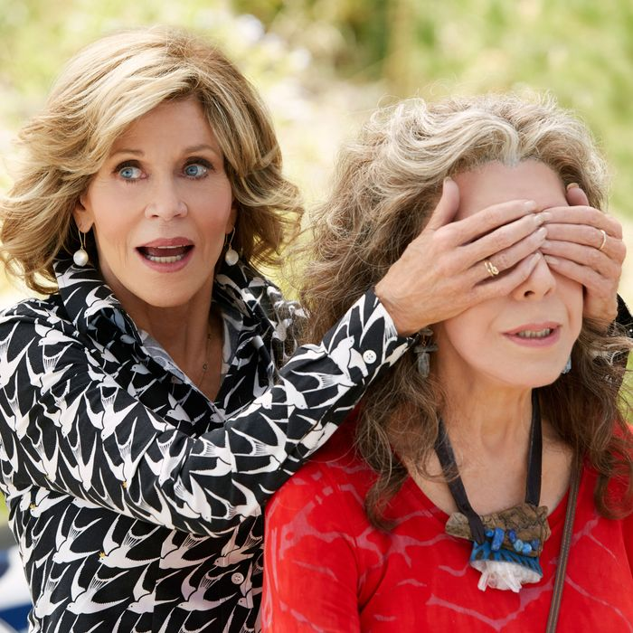 805f5ed0337 Why Do 20-Somethings Want to Dress Like Grace and Frankie