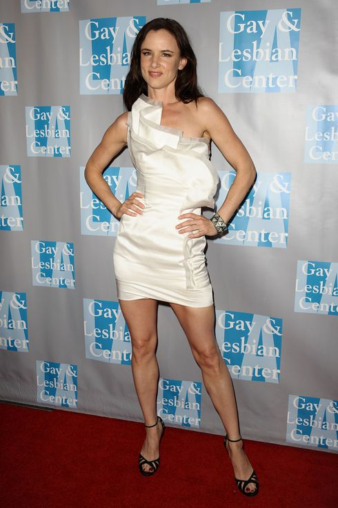 juliette lesbian singles Juliette l lewis (born june 21, 1973) is an american singer and actress she gained fame for her role in martin scorsese's 1991 remake of the thriller cape fear for which she was nominated for both an academy.