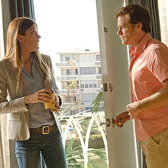 Jennifer Carpenter as Debora Morgan and Michael C. Hall as Dexter Morgan (Season 7, episode 1).