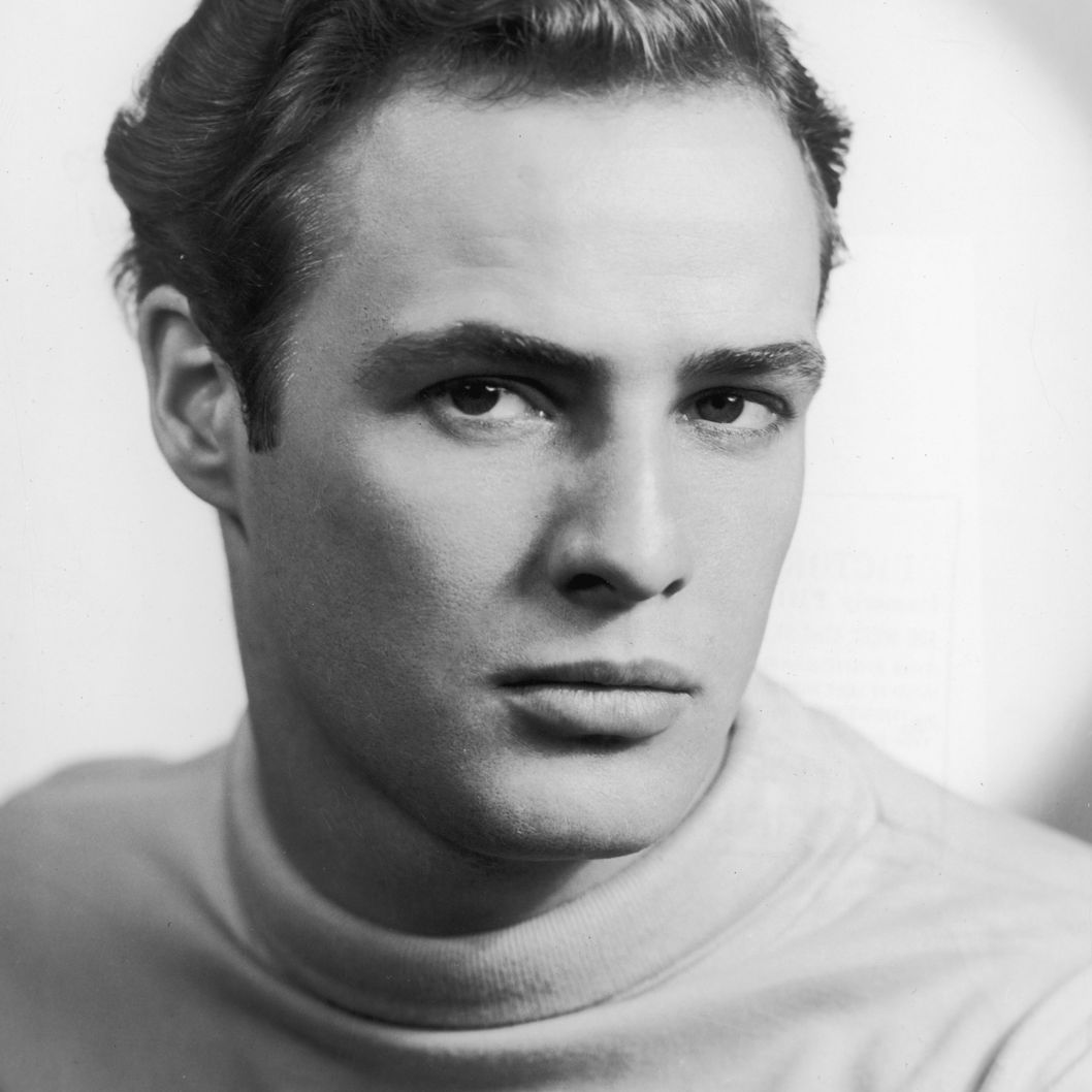 [Image: 19-men-in-sweaters-marlon-brando.w529.h529.2x.jpg]