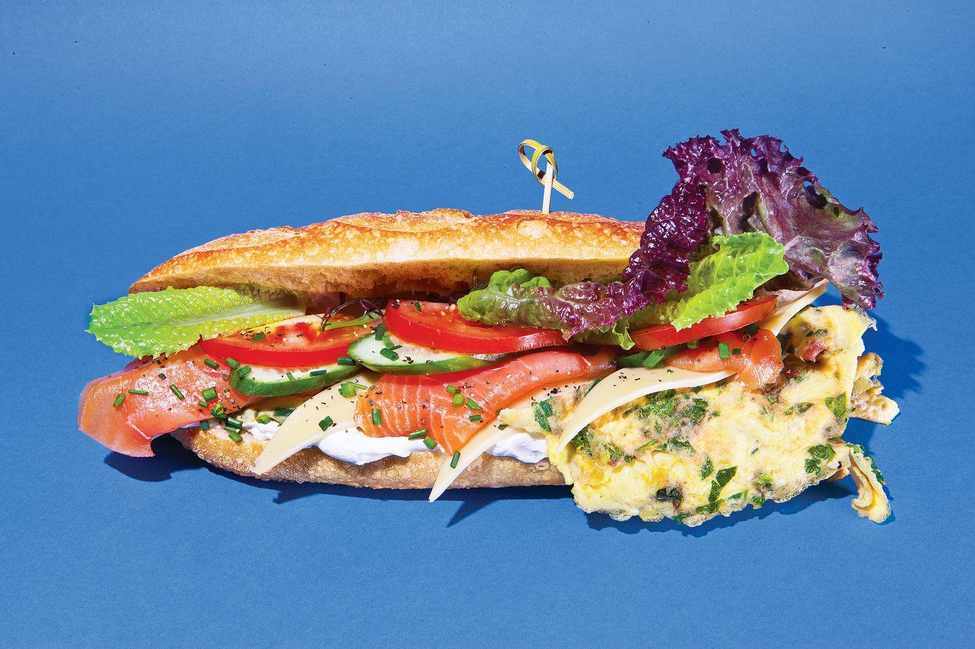 http://pixel.nymag.com/imgs/daily/grub/2013/06/28/28-cheap-eats-sandwich.jpg