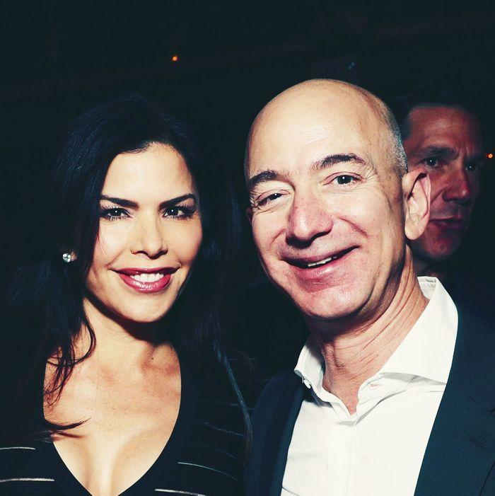 Lauren Sanchez, Jeff Bezos.
