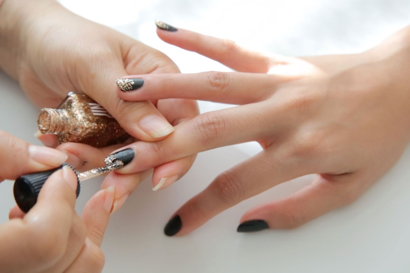 How To Totally Disguise Chipped Nail Polish