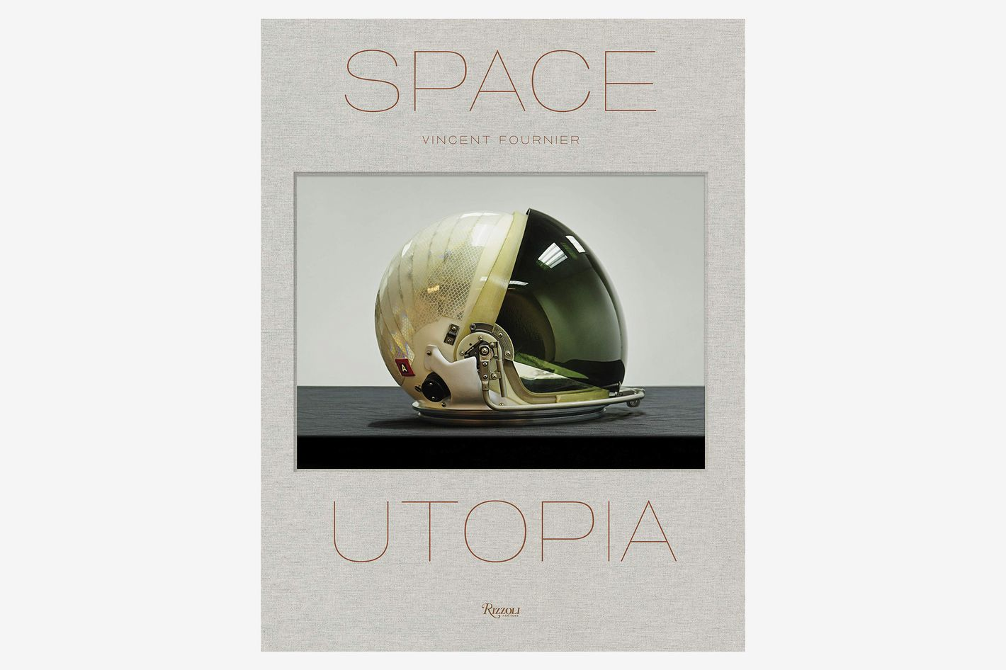 Space Utopia: A Journey Through the History of Space Exploration From the Apollo and Sputnik Programmes to the Next Mission to Mars