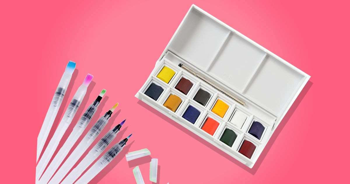 I Paint at 36,000 Feet With This TSA-Approved Watercolor Set