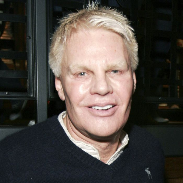 afc2d0cacb6 Abercrombie s CEO Abruptly Retired