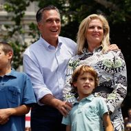 NEWARK, OH - JUNE 17:  Republican Presidential candidate, former Massachusetts Governor Mitt Romney stands with his wife, Ann Romney and grandchildren Nick Romney (L) and Parker Romney (R) during a campaign rally at Newark Town Square on June 17, 2012 in, Newark, Ohio.  Romney is on a campaign swing through battleground states. (Photo by Joe Raedle/Getty Images)