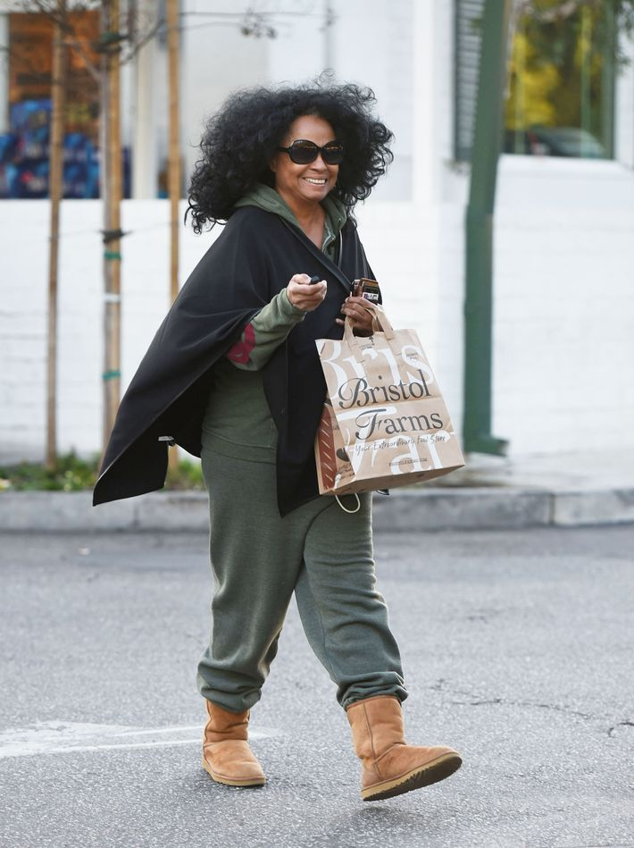 16 Times Celebrities Wore Ugg Boots In Public