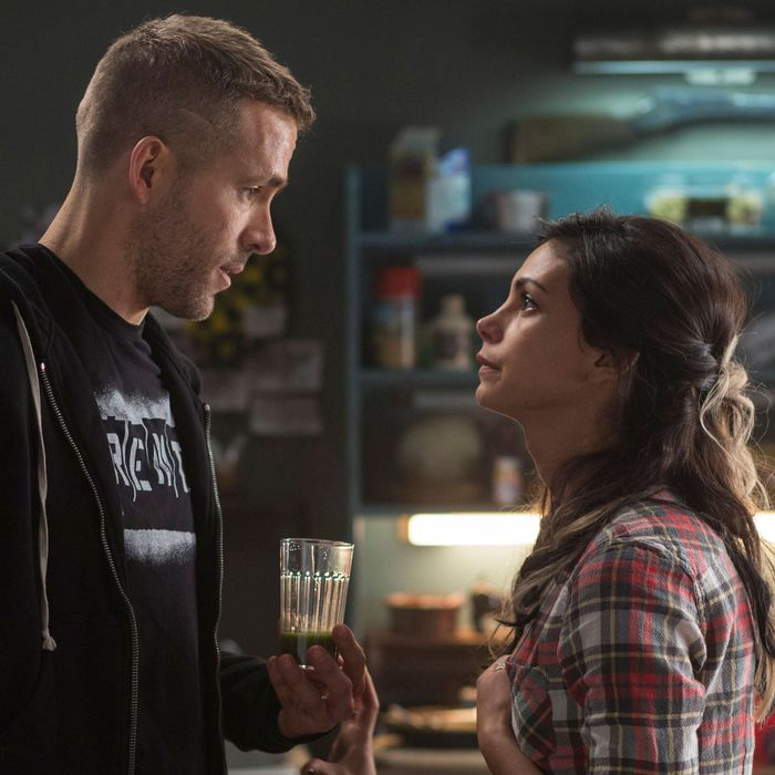 DEADPOOLWade Wilson (Ryan Reyonlds) and new squeeze Vanessa (Morena Baccarin) trade some pointed barbs, in DEADPOOL.Photo Credit: Joe LedererTM & © 2015 Marvel & Subs.TM and © 2015 Twentieth Century Fox Film Corporation.All rights reserved.Not for sale or duplication.