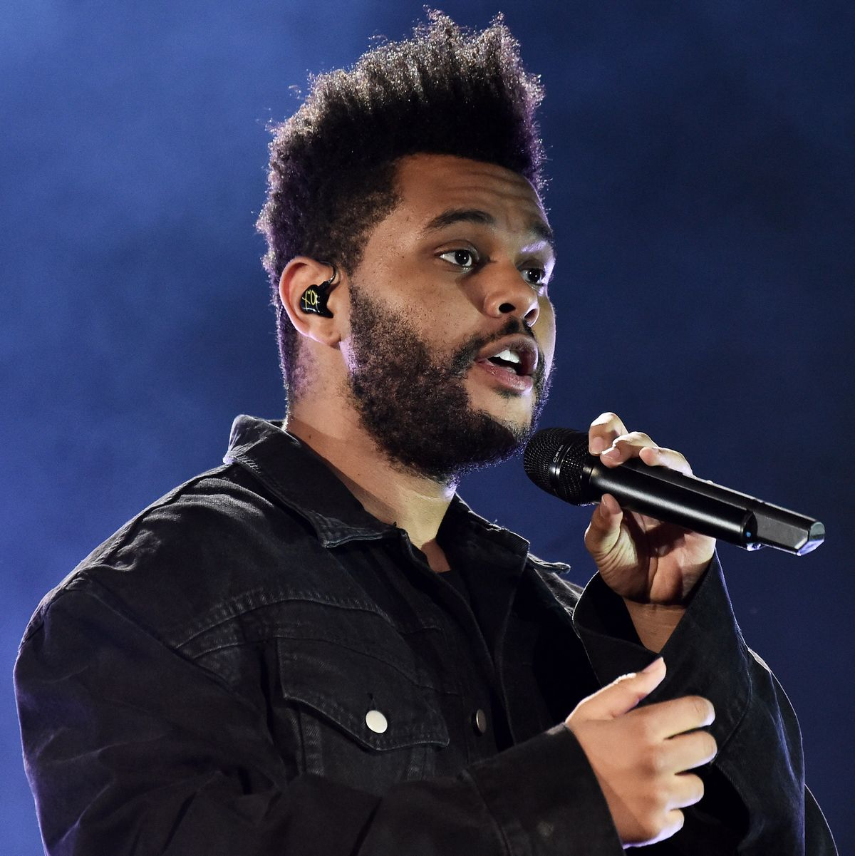 The Weeknd Hit 'Blinding Lights' Unseats 'The Box' Hot 100