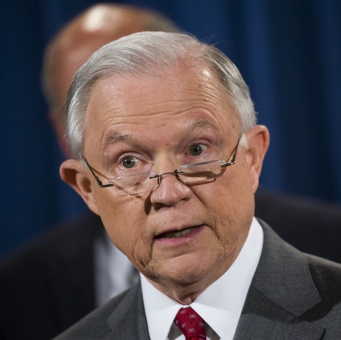 Sessions Blasts Chicago For Suing Over Sanctuary City Threat