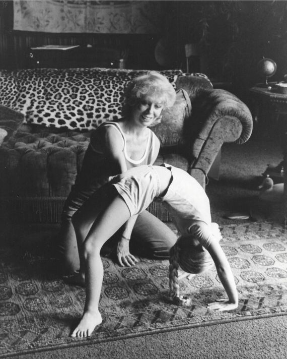 Gwen Verdon and Nicole Fosse in their Central Park West penthouse apartment in the 1970s.