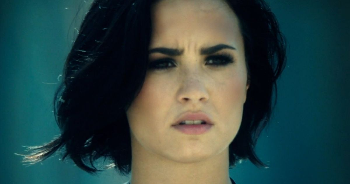 Demi Lovato  Confident Official Video  >> Demi Lovato Has A Smackdown With Michelle Rodriguez In Her New