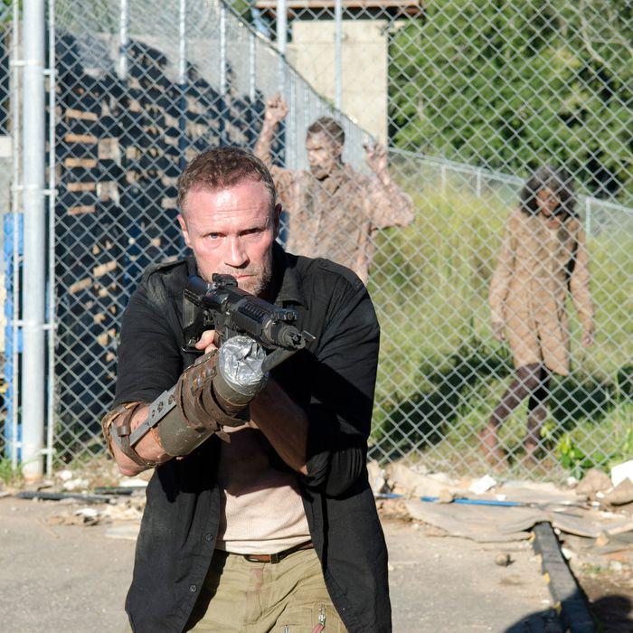 Merle Dixon (Michael Rooker) - The Walking Dead - Season 3, Episode 11