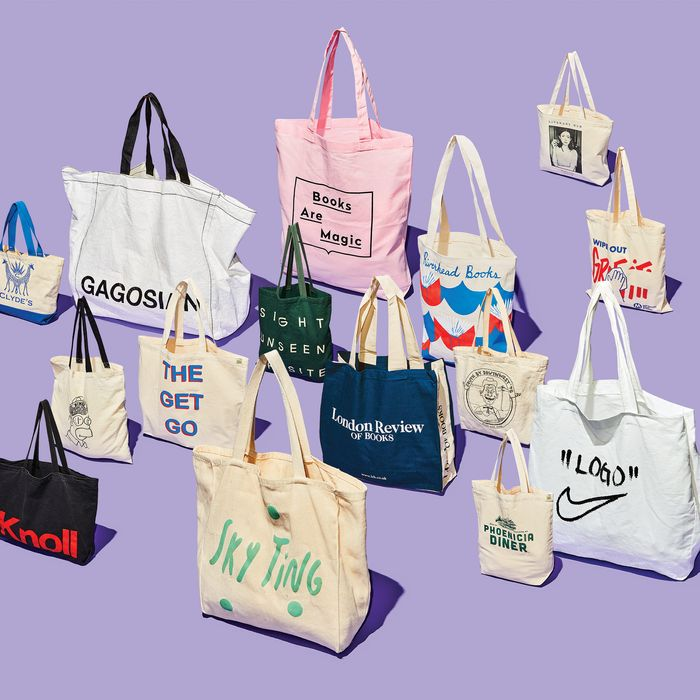 The Coveted Tote Bags That Scream  Status  5c8a947aa