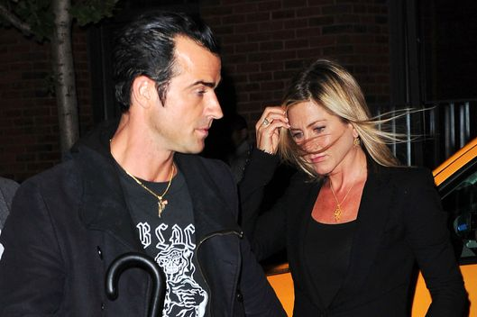 Justin Theroux and Jennifer Aniston arrive to Il Mulino on September 15, 2011 in New York City.