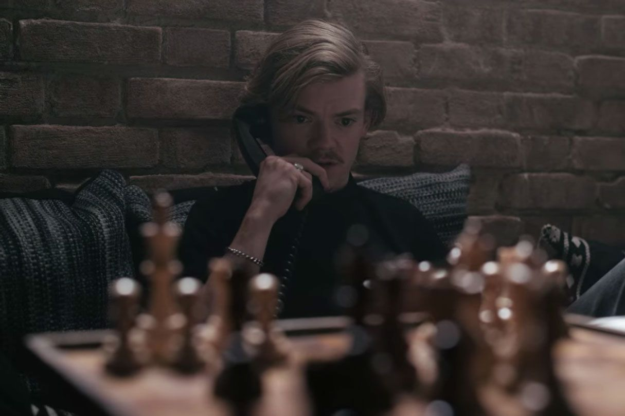 Why The Queen S Gambit Cinematography Looks So Good