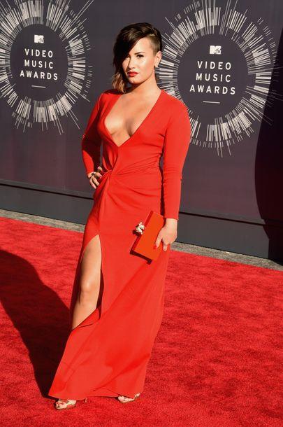 Demi Lovato flashes underboob in provocative Instagram