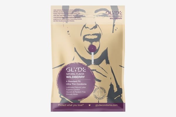 Glyde Wildberry Flavored Condoms, 4 Count