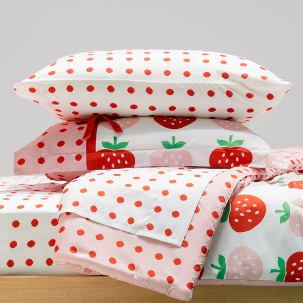 Drew Barrymore Flower Kids Sweet Strawberry Complete Bedding Set