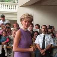 PRINCESS DIANA AT THE VICTOR CHANG CARDIAC RESEARCH INSTITUTE , SYDNEY, AUSTRALIA.