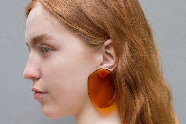 Julie Thevenot Reflection Earrings - Amber