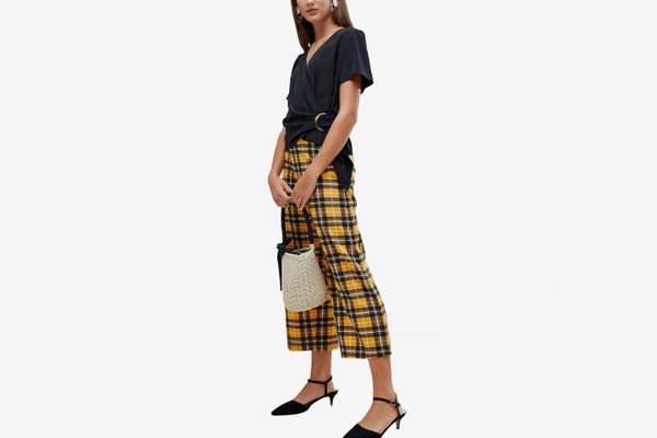 New Look Crop Pants In Mustard Check