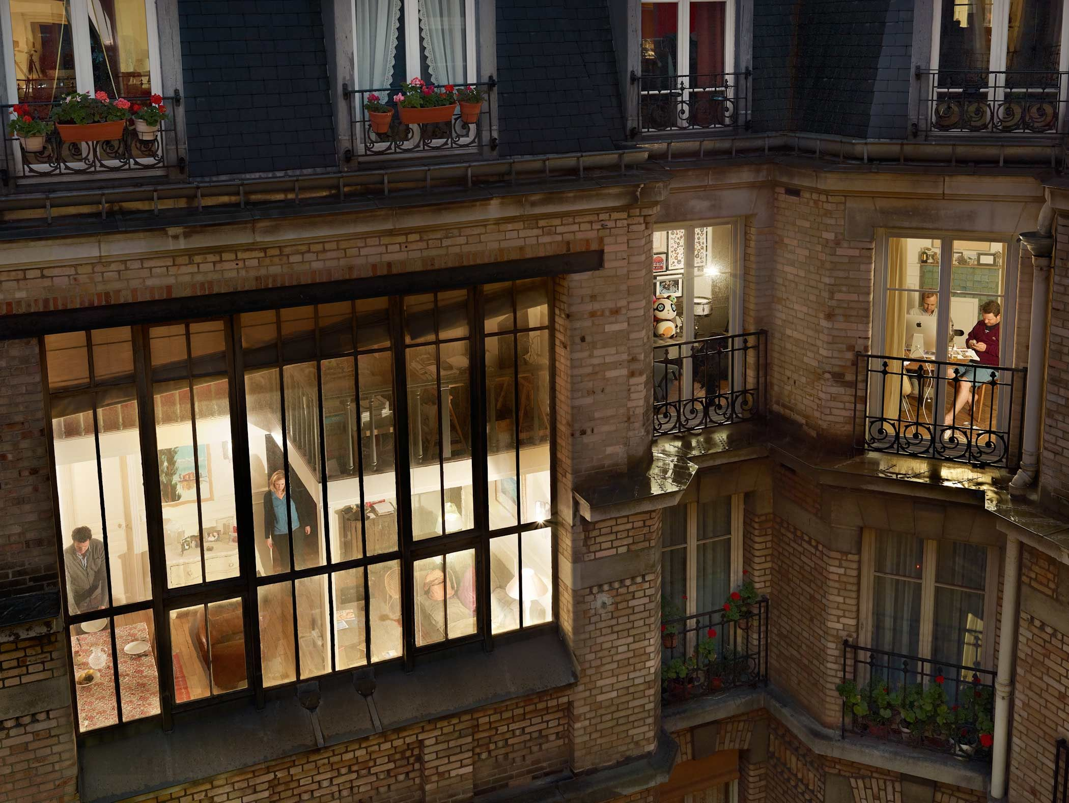 Exclusive first look gail halaban 39 s paris views the cut for Voisine fenetre