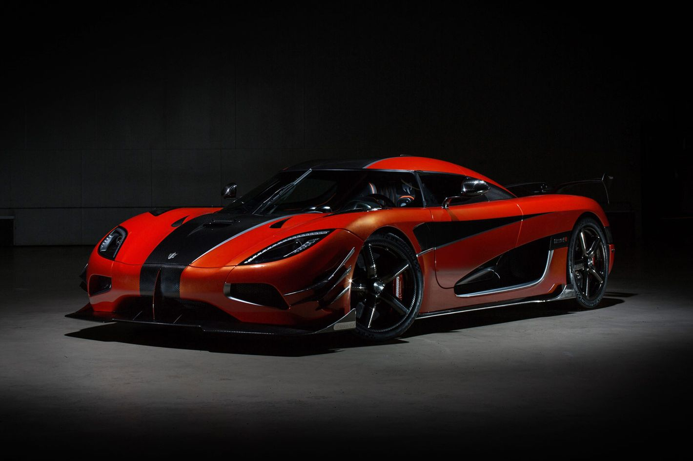 The Difference Between A Supercar A Hypercar And A Megacar