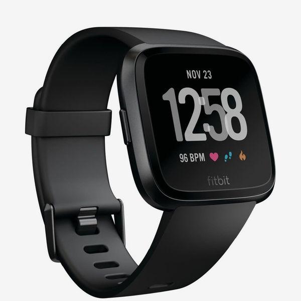 Fitbit Versa Smartwatch, 34 mm