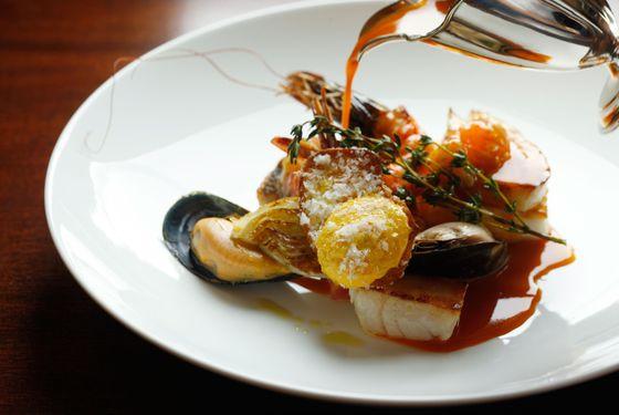 Cornish fish stew, creamed garlic potatoes, spiced mayonnaise, fennel.