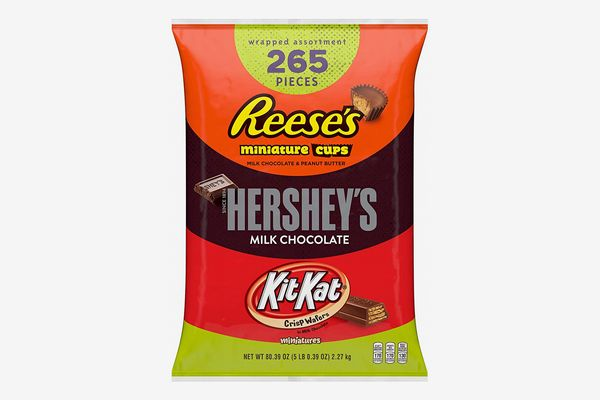 HERSHEY'S Halloween Candy Variety Mix (HERSHEY'S, REESE'S, KIT KAT), 265 Pieces