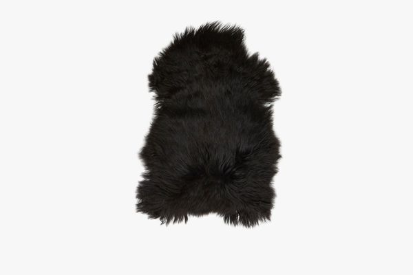 Hawkins New York Sheepskin Rug in Black