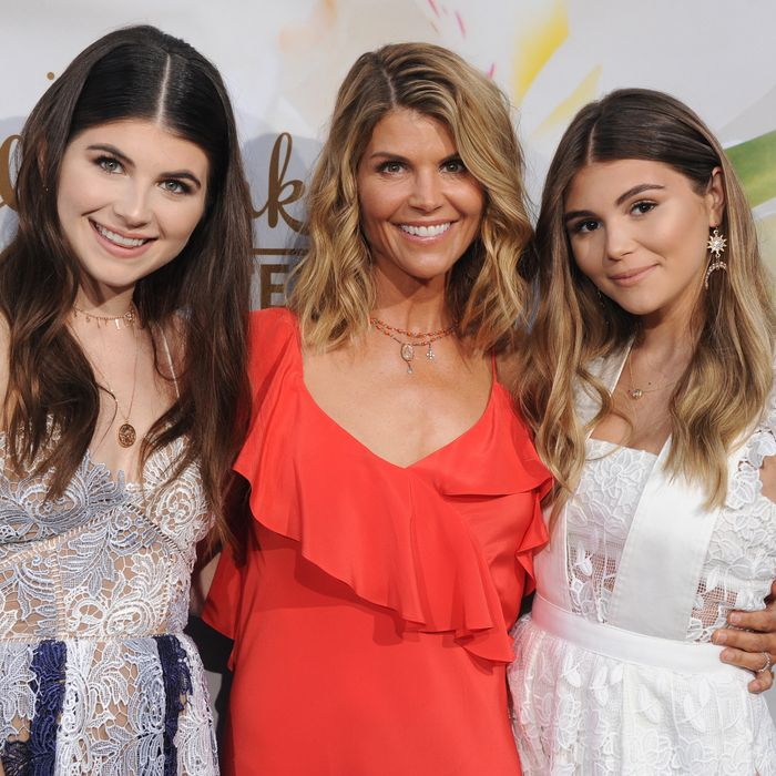 9b2d6a33e2b It s unclear what Lori Loughlin s daughters knew. Photo  Gregg  DeGuire WireImage