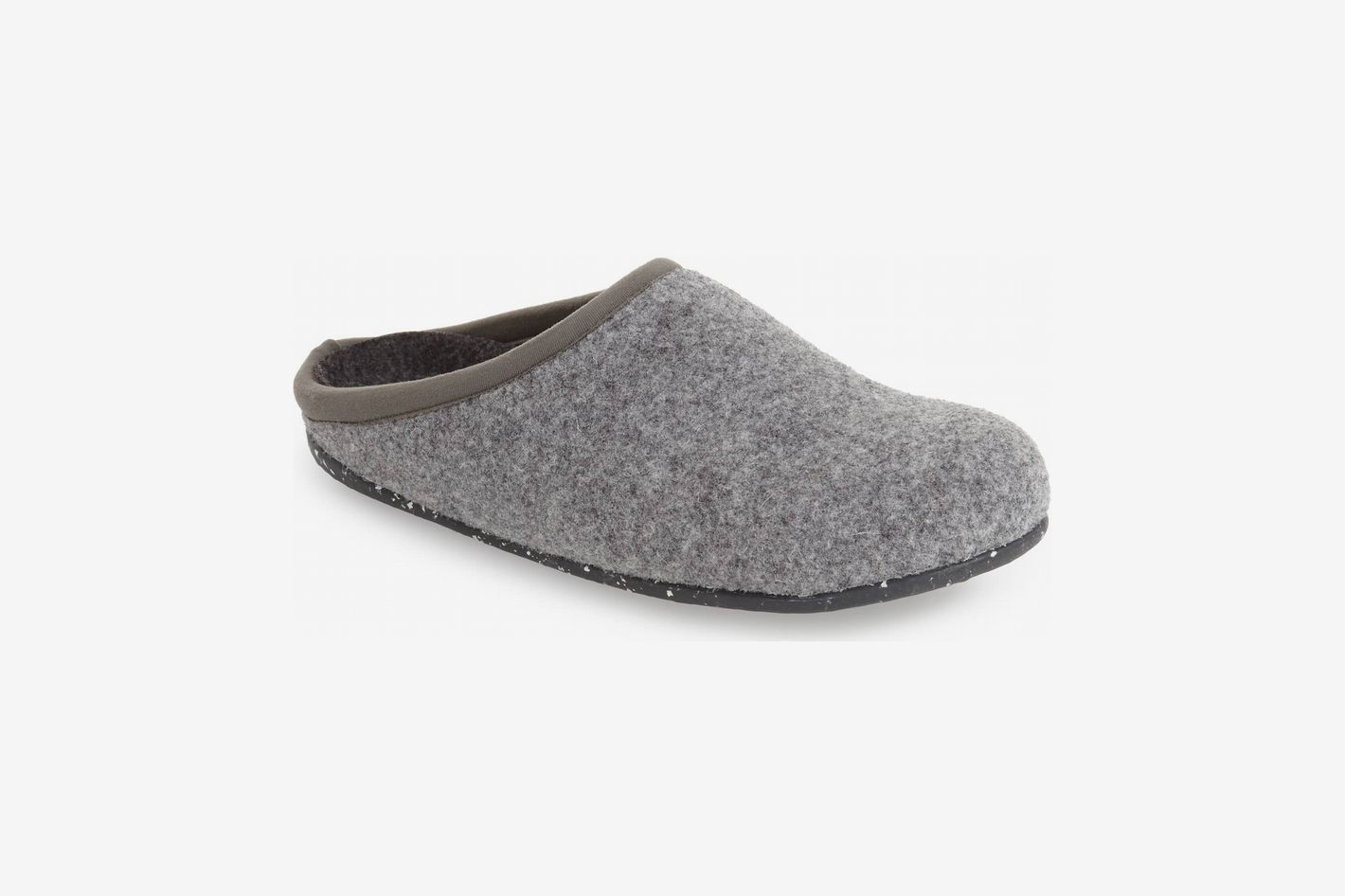 32c4d8219d654c The 5 Best Wool Slippers to Give this Holiday Season