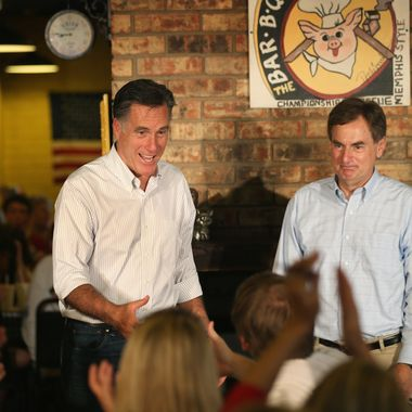 EVANSVILLE, IN - AUGUST 04: Republican presidential candidate and former Massachusetts Gov. Mitt Romney and  U.S. Senate Candidate Richard Mourdock (R-IN) (R) greet supporters at a campaign event at Stepto's Bar B Q Shack on August 4, 2012 in Evansville, Indiana. Romney told supporters at the event that the latest jobs report was evidence that Obama's economic policies were not working.  (Photo by Scott Olson/Getty Images)